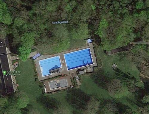 Pack die Badehose ein – Eintrittspreise der umliegenden Schwimmbäder. Ein Vergleich.